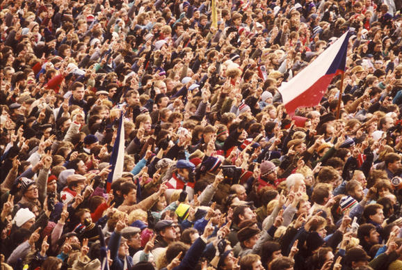 November 17th – Romanians and Czechs ChooseDemocracy