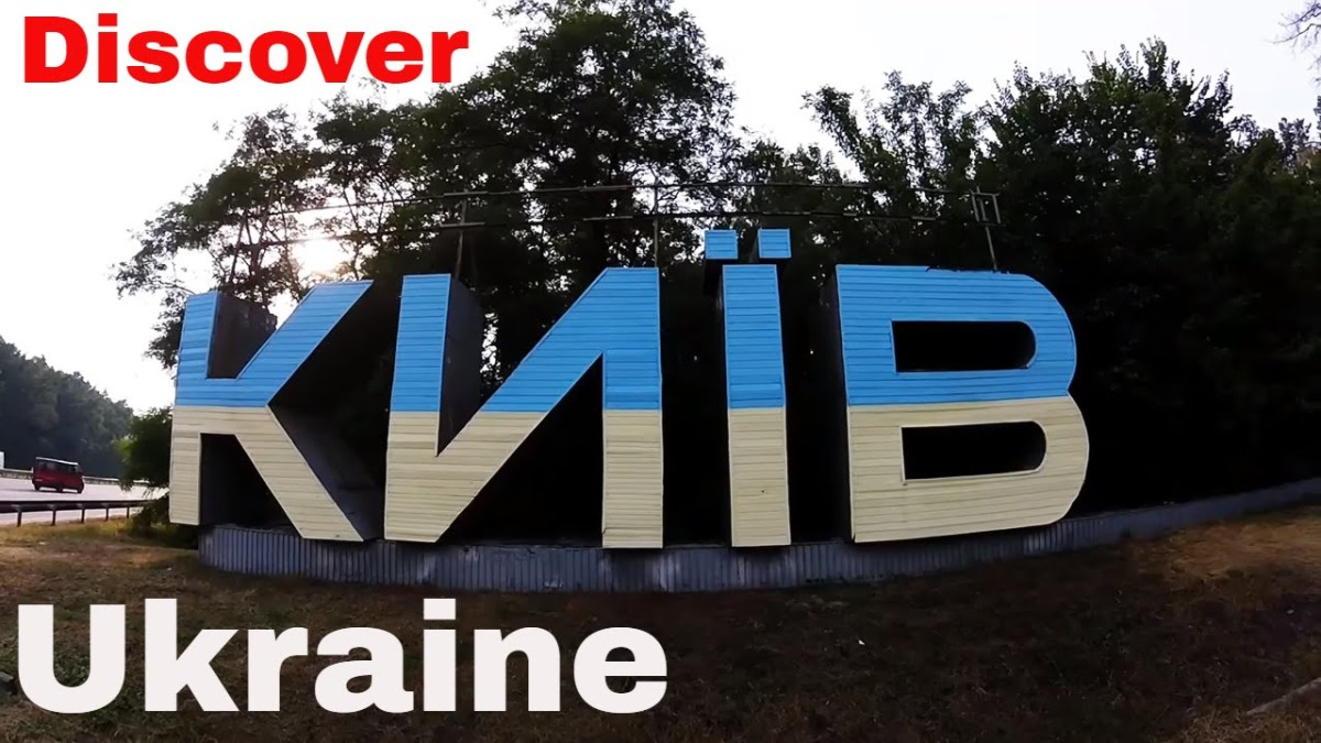 Discovering Kyiv, Ukriane feat. Music by TheVinogrooves